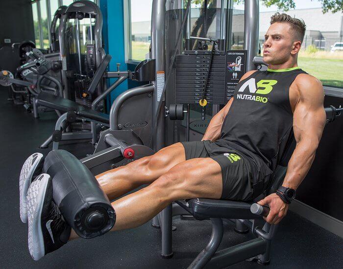 Men Leg extension